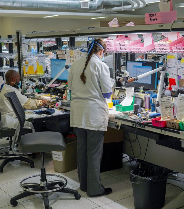 ROE laboratories uses 3D printers to fight Coronavirus